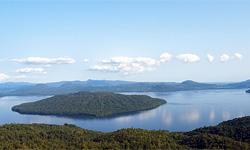 Фурано-жизнь в заснеженном  лесу острова Хоккайдо