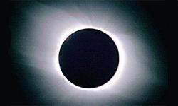 Белый континент, чёрное солнце. Затмение в Антарктике
