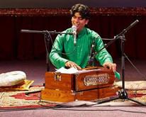 Телеканал «Индия ТВ» – информационный партнер концерта Битту Малика!